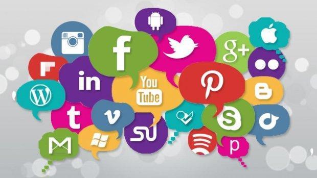 نمایش خود در رسانه های اجتماعی؛ از وبلاگ ها تا اینستاگرام