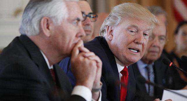 تیلرسون: کار برای ترامپ بی نظم سخت بود، ترامپ: تیلرسون احمق و تنبل است