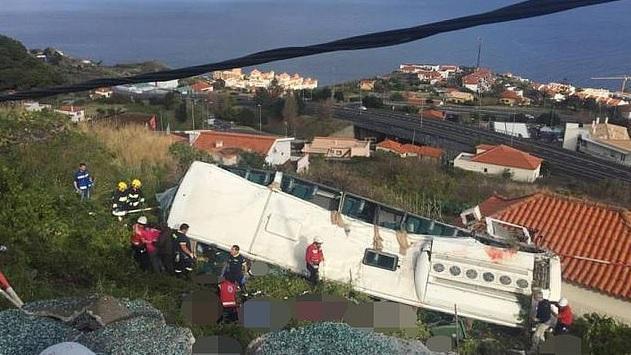 کشته شدن 28 گردشگر براثر واژگونی اتوبوس در پرتغال