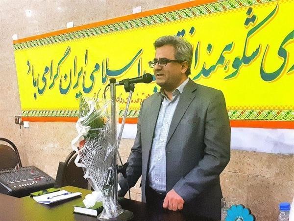 مجتمع اقامتی پذیرایی تیرپارک قدس در مرز باشماق در کردستان افتتاح شد ، تأکید تیموری بر حمایت از سرمایه گذاران حوزه گردشگری