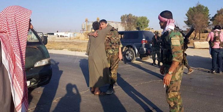 استقبال عشایر حسکه از اعزام ارتش سوریه به منطقه مرزی با ترکیه